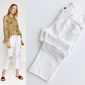 ZARA white relaxed fit midrise cropped jeans -sz 4